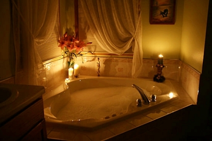 beautiful-bathroom-tub-romantic